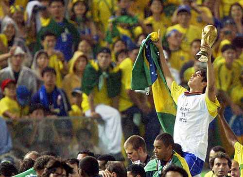 Kaka-In-World-Cup-2002-ricardo-kaka-19595732-500-365