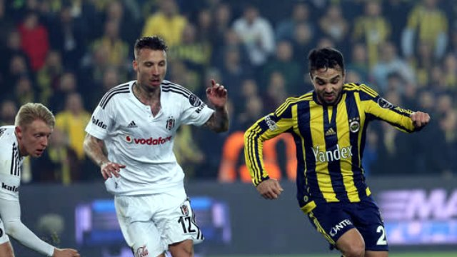 fenerbahce-2-besiktas-0-mac-ozeti-fb-bjk-video-8209698_x_8745_o