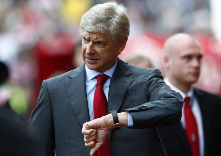 arsene-wenger-running-out-of-time