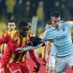 Fenerbahçe Kayseri'de seriye devam etti
