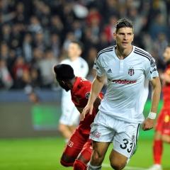 Beşiktaş'tan üç gol üç puan