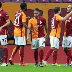 Galatasaray'da dört kadro dışı