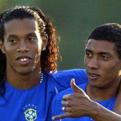 """""""Ronaldinho beni kandırıp Manchester'a gönderdi"""""""